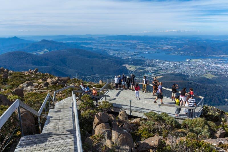 Sikt för monteringsgummistövelutkik av Hobart Tasmania arkivfoto