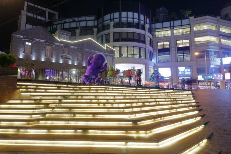 Sikt för natt för Zhonghuacheng affärsområde, Adobe rgb fotografering för bildbyråer