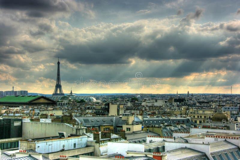 sikt för paris taköverkanter royaltyfria bilder