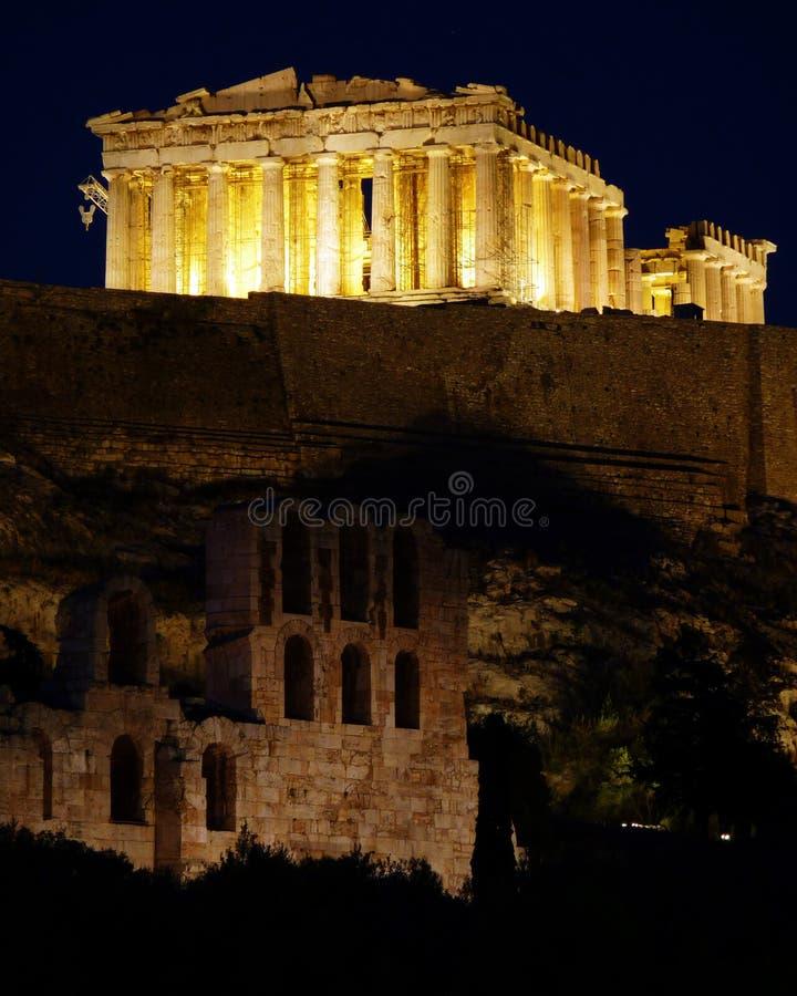 sikt för parthenon för acropolisathens natt royaltyfri foto