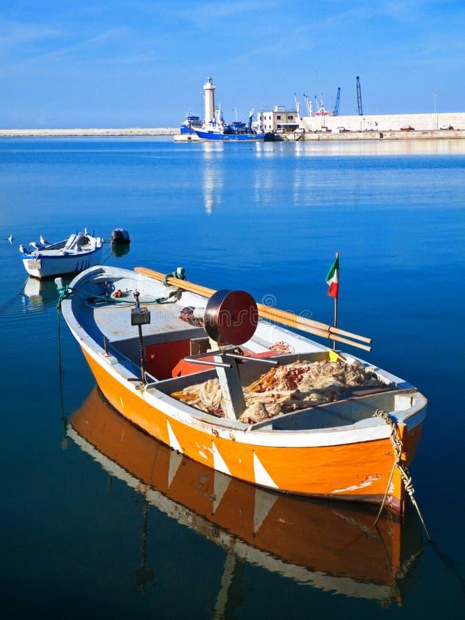 sikt för port för apulialiggandemolfetta touristic royaltyfri foto