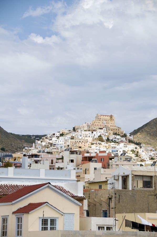 sikt för town för cyclades greece portsyros arkivbild