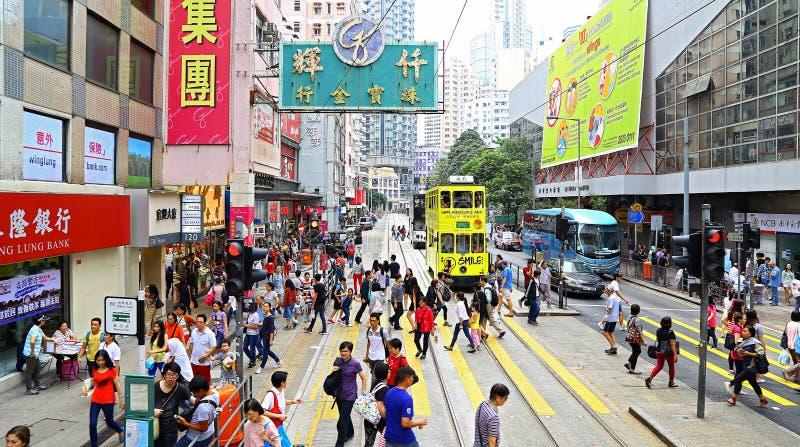 Sikt för upptagen gata av glåmiga chai, Hong Kong royaltyfria bilder