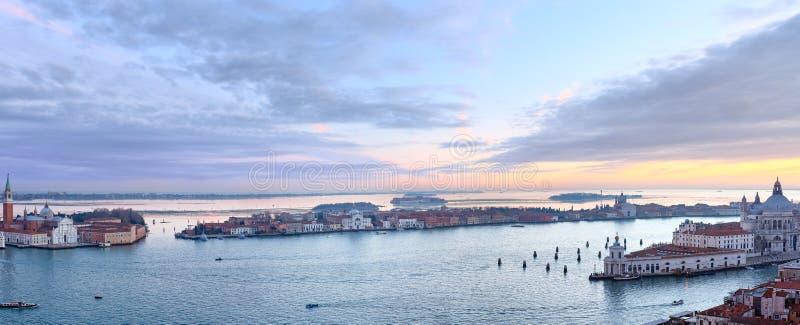 Sikt för Venedig stadsItalien solnedgång panorama royaltyfria foton