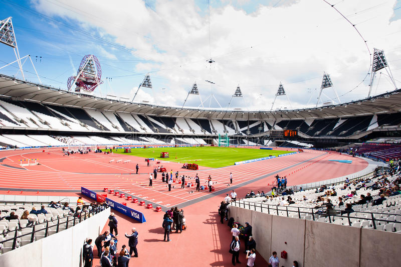 sikt för vinkellondon olympic s stadion wide royaltyfri bild