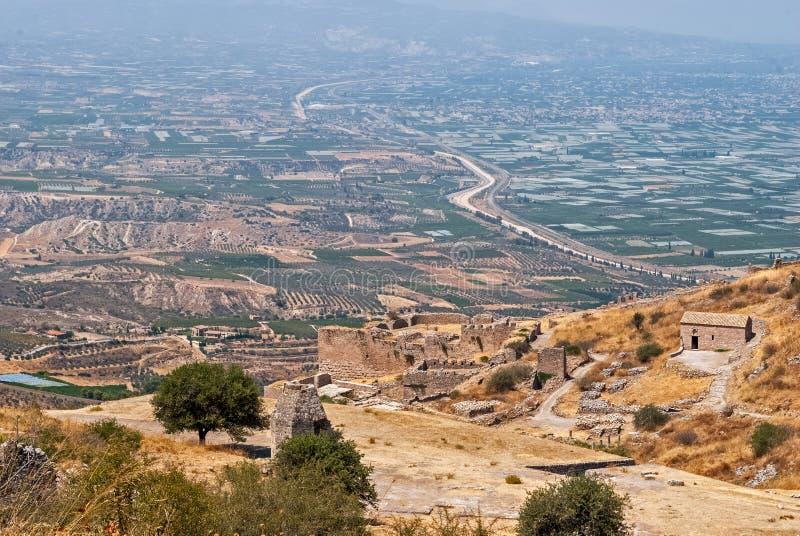 Sikt forntida Acrocorinth royaltyfri foto
