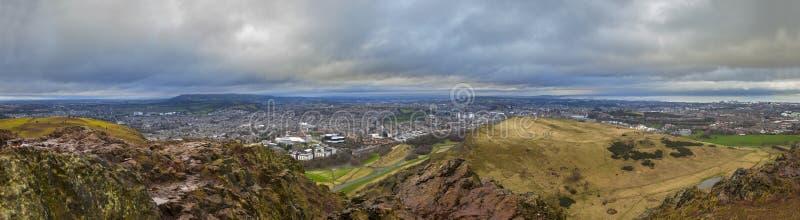 Sikt från Arthurs Seat i Edinburg royaltyfri foto