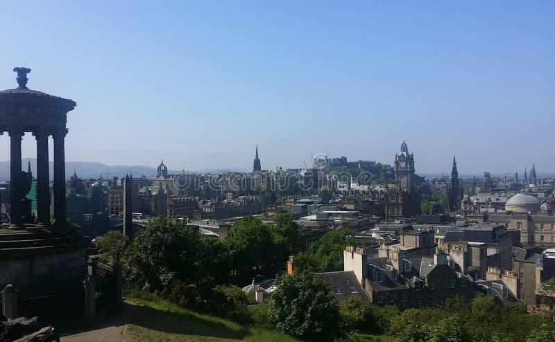 Sikt från caltonkullen i Edinburg fotografering för bildbyråer
