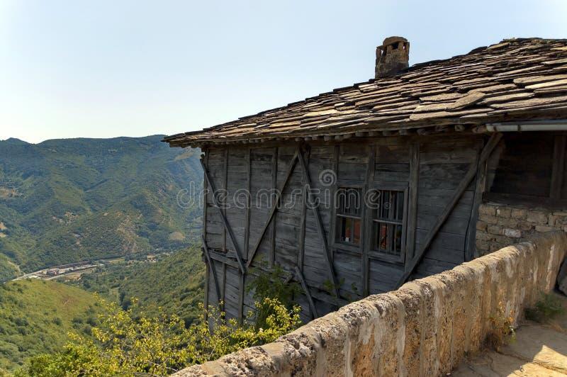 Sikt från den Glozhene kloster arkivbild