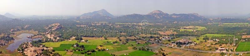 Sikt från det Gingee fortet, Thiruvannamalai i Tamil Nadu Indien arkivfoto