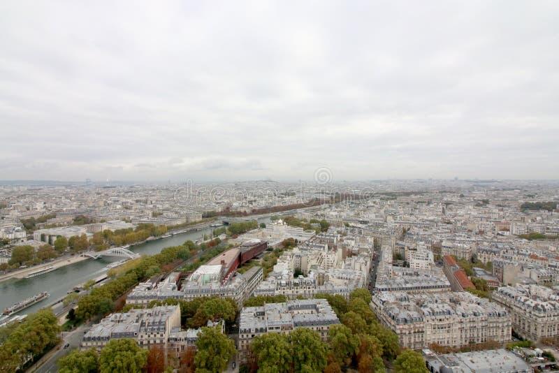 Sikt från Eiffeltorn, Paris Frankrike royaltyfri bild