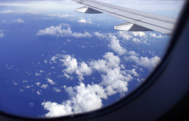 Sikt från fönsterflygplanet arkivfoton