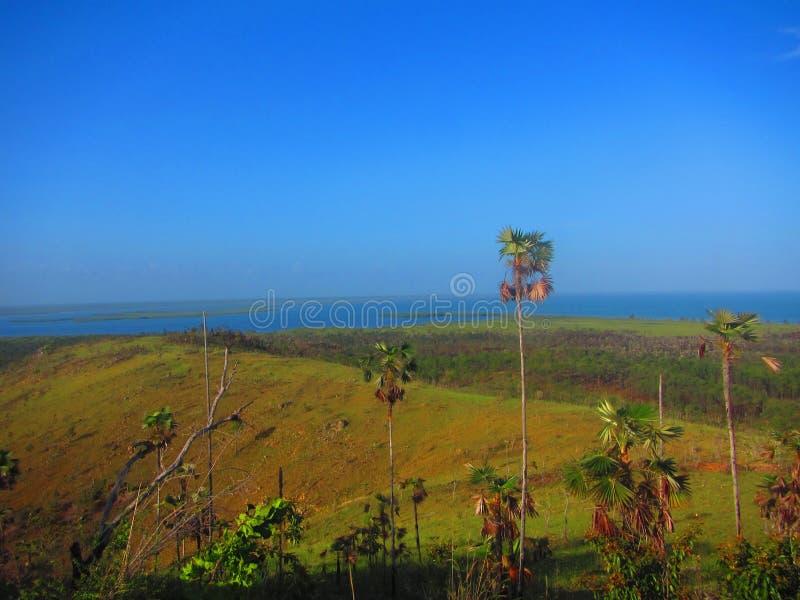Sikt från för krislansering för kubansk missil platsen, ö av ungdomKuban royaltyfria bilder