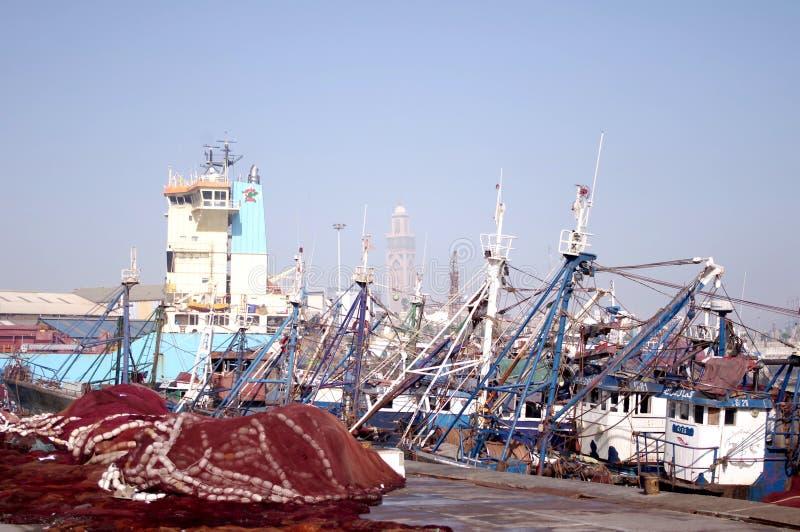 Sikt från hamn till moskén royaltyfria foton