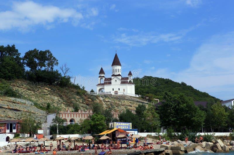 Sikt från havet till kyrkan av St Nicholas apostolic armenierkyrka royaltyfria bilder