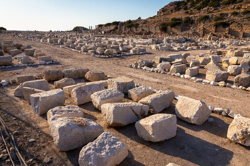 Sikt från Knidos Knidos eller Cnidus var en gammalgrekiskastad av Caria royaltyfria bilder