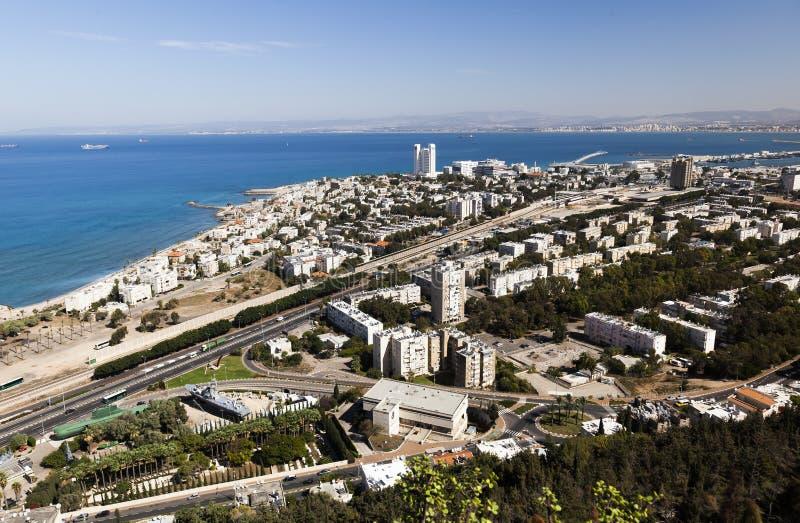 Sikt från Mount Carmel till den Galshanim stranden haifa israel royaltyfria foton