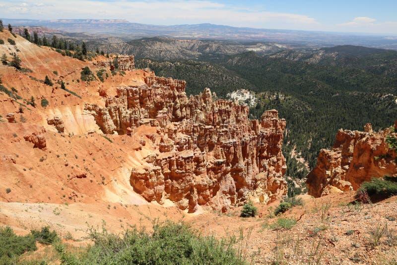 Sikt från Ponderosa punkt i Bryce Canyon National Park royaltyfri foto