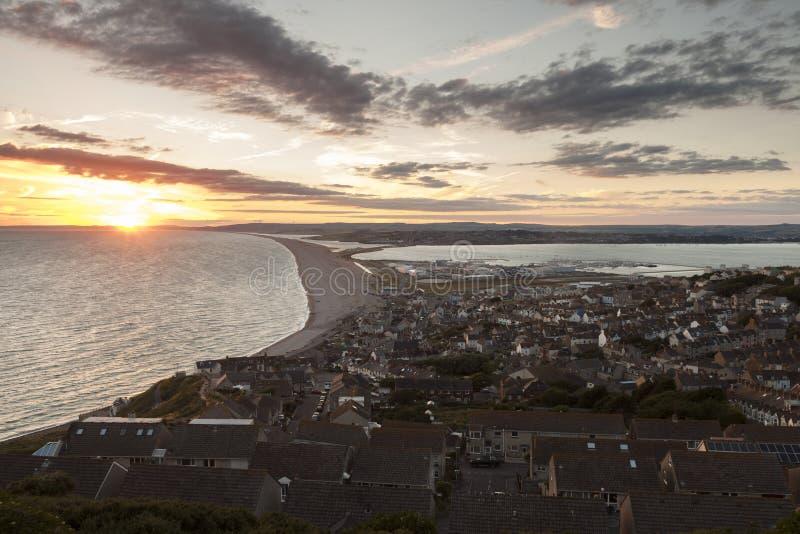 Sikt från Portland in mot Weymouth royaltyfri foto