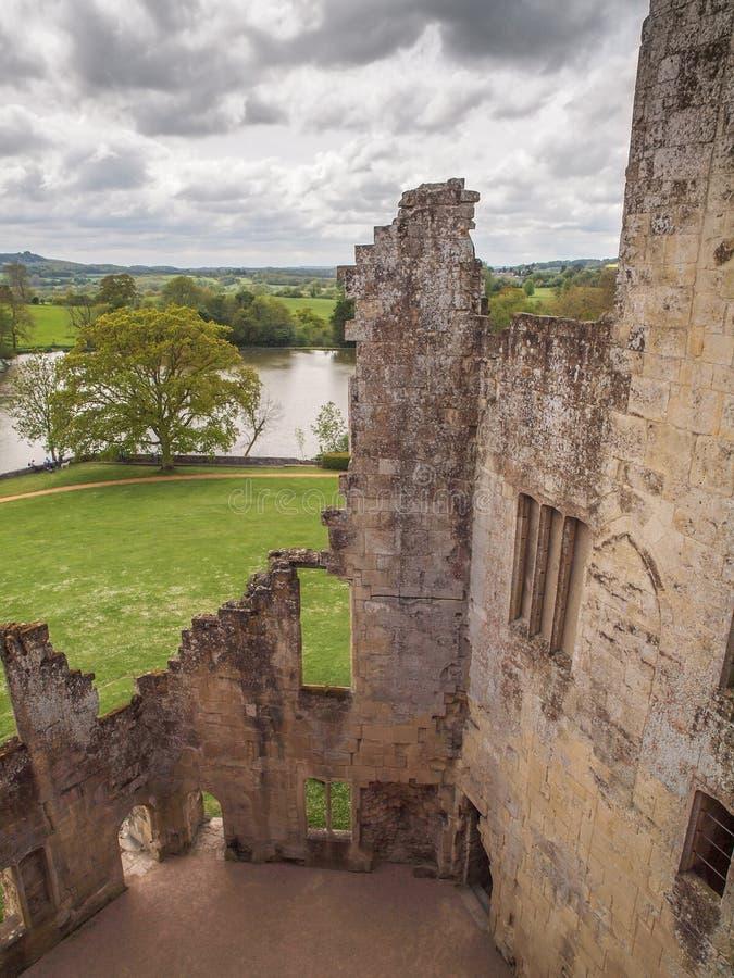 Sikt från slottväggar, Wiltshire, England royaltyfria foton