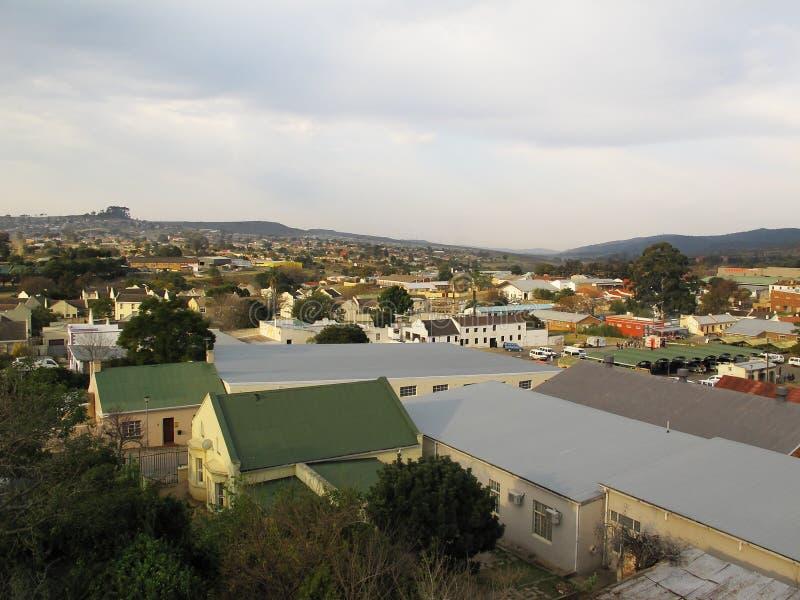 Sikt från taket av observatoriummuseet i Grahamstown, Sydafrika royaltyfri foto