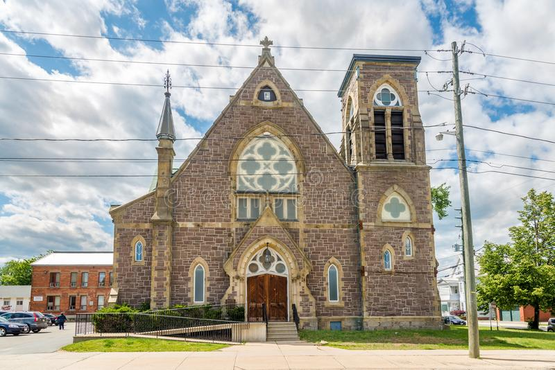 Sikt på baptistkyrkan i Fredericton - Kanada royaltyfria foton