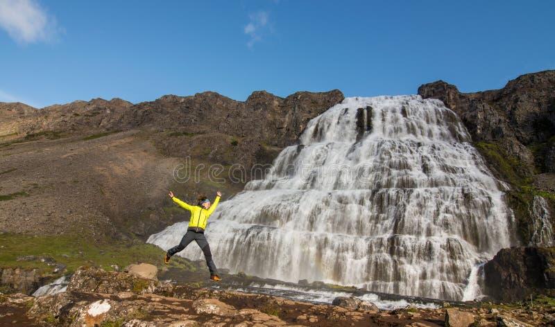 Sikt på den Island vattenfallet Dynjandi royaltyfri foto