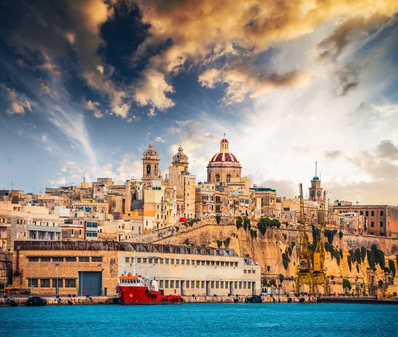 Sikt på det Senglea fortet i Malta royaltyfria bilder