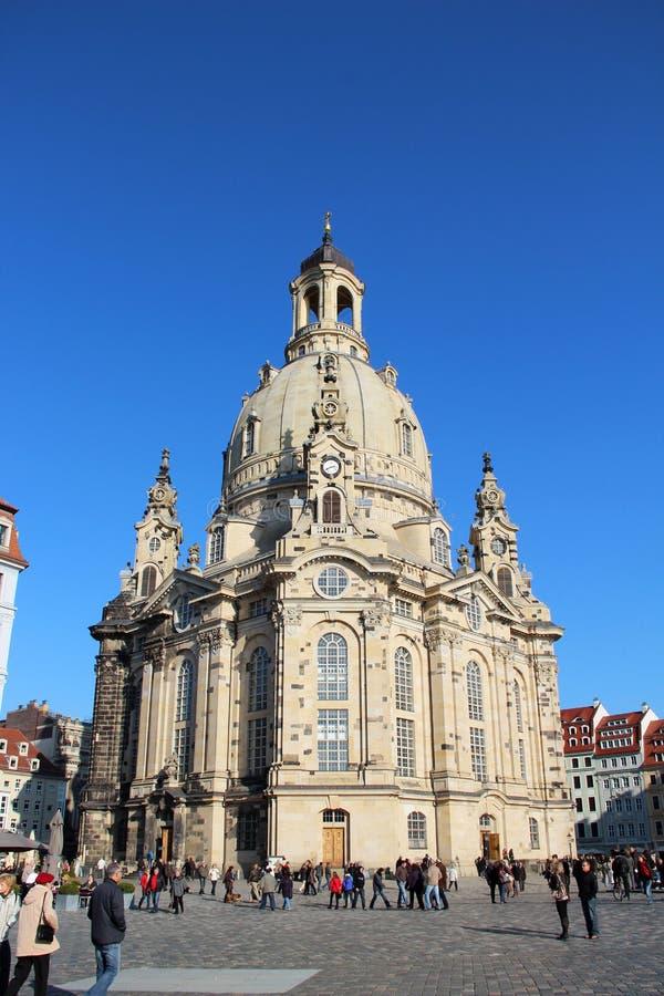 Sikt på frauenkirchen i dresden sachsen Tyskland royaltyfria foton