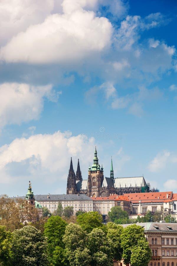 Sikt på Hradcany i Prague, Tjeckien arkivfoto