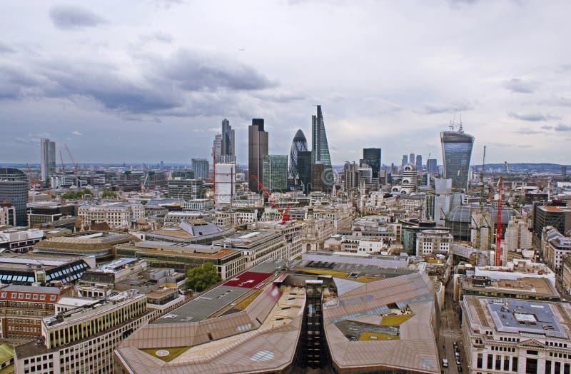 Sikt på London uppifrån arkivbilder