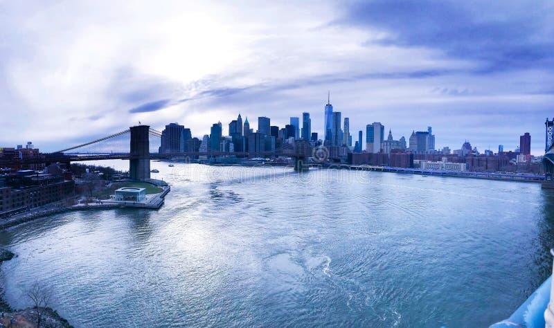 Sikt på Manhattan skyskrapor fotografering för bildbyråer