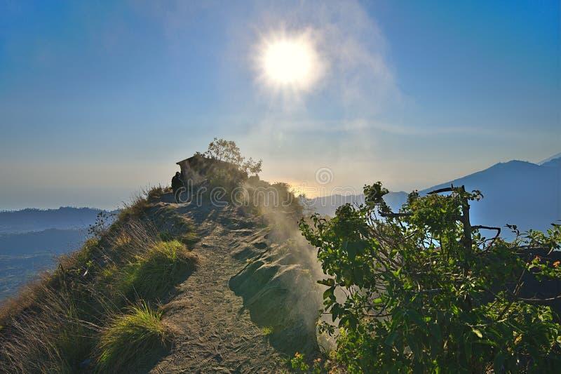 Sikt på monteringen Batur på Bali Indonesien fotografering för bildbyråer