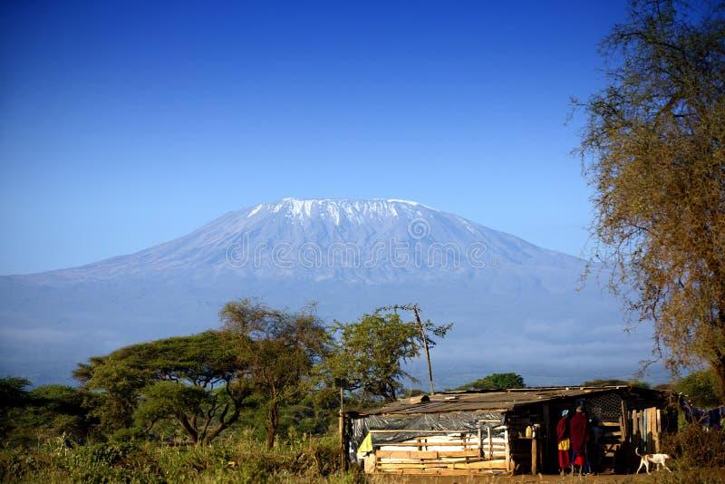 Sikt på Mount Kilimanjaro fotografering för bildbyråer