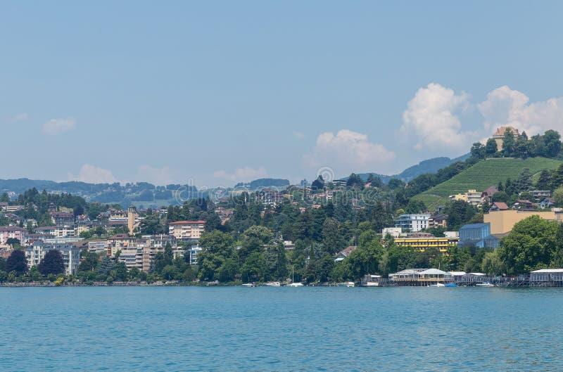 Sikt på stad av Montreux fotografering för bildbyråer