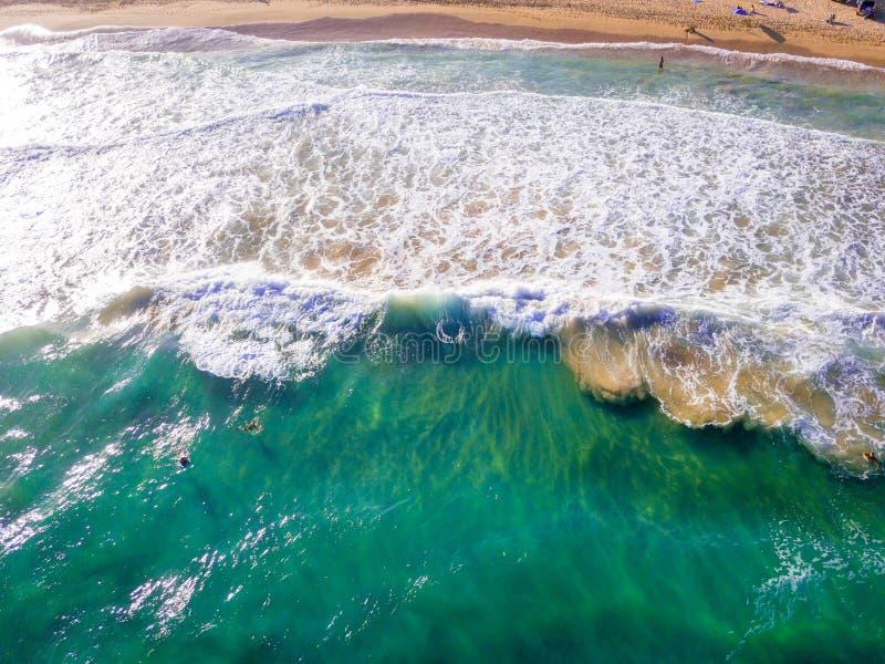 Sikt på stranden på den Kauai ön arkivfoto
