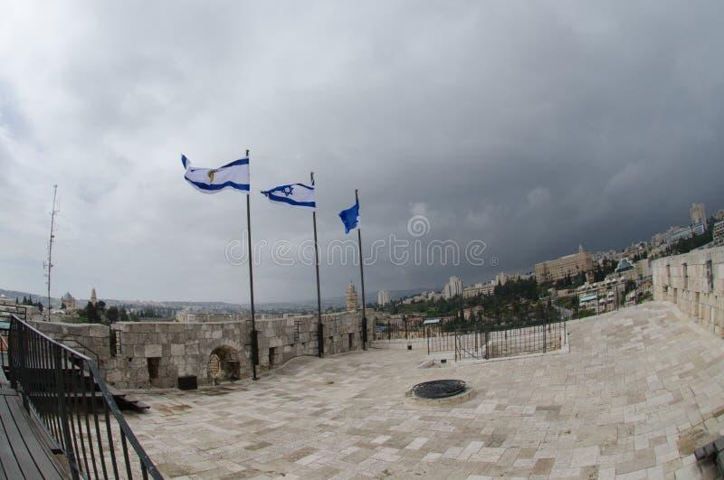 Sikt på taket av österrikisk klosterhärbärge på den gamla staden av Jerusalem arkivbilder