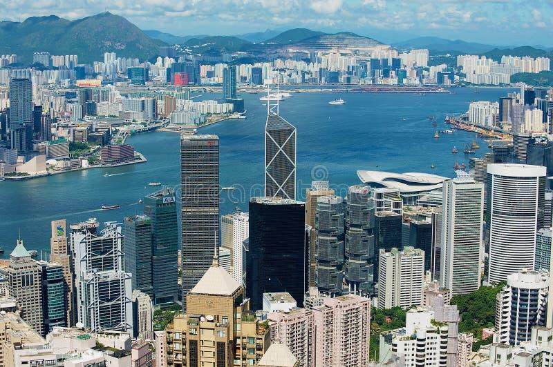 Sikt till de moderna byggnaderna av den Hong Kong staden i Hong Kong, Kina royaltyfri foto