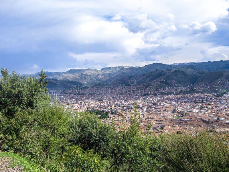 Sikt till den gamla incan staden av Cuzco arkivfoto