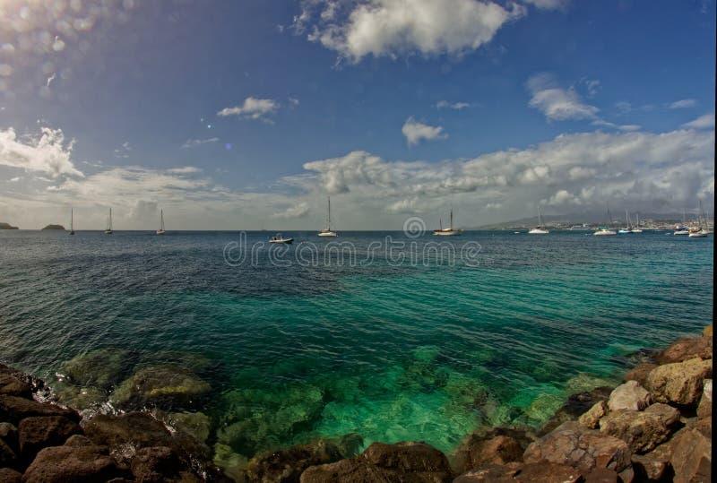 Sikt till Fort de France från La Pointe du Anfall - Martinique arkivbild