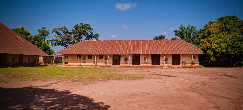 Sikt till kungliga slottar av Abomey, Benin fotografering för bildbyråer