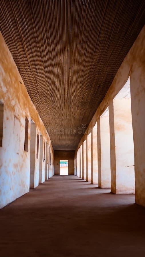 Sikt till kungliga slottar av Abomey, Benin royaltyfri bild