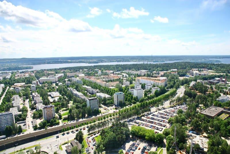 Sikt till staden av Tammerfors, Finland arkivbilder