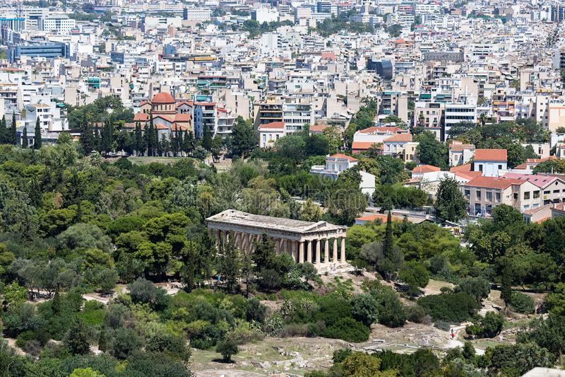 Sikt till templet av Hephaestus, Aten, Grekland, Europa royaltyfri foto