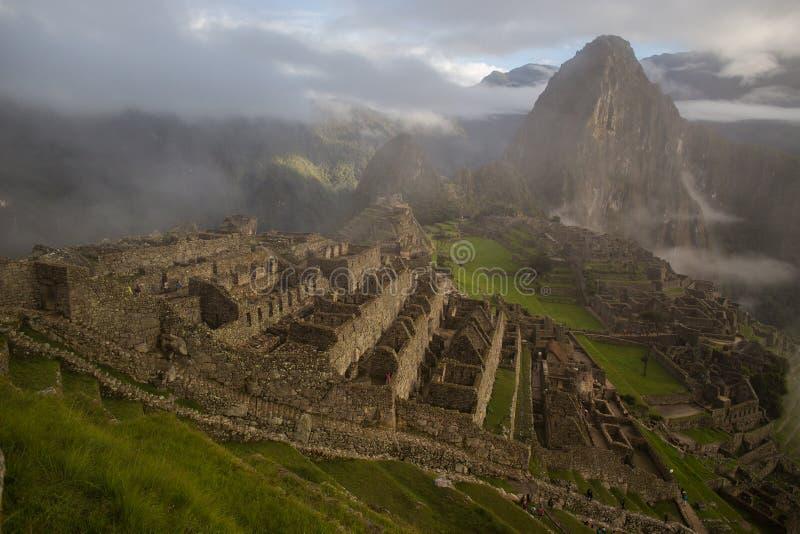 Sikten av den Machu Picchu incaen fördärvar i Peru arkivfoto