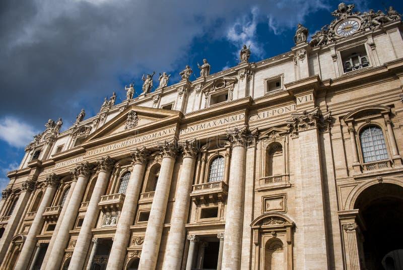 Sikten på basilikan av St Peter, Vaticanen royaltyfri fotografi