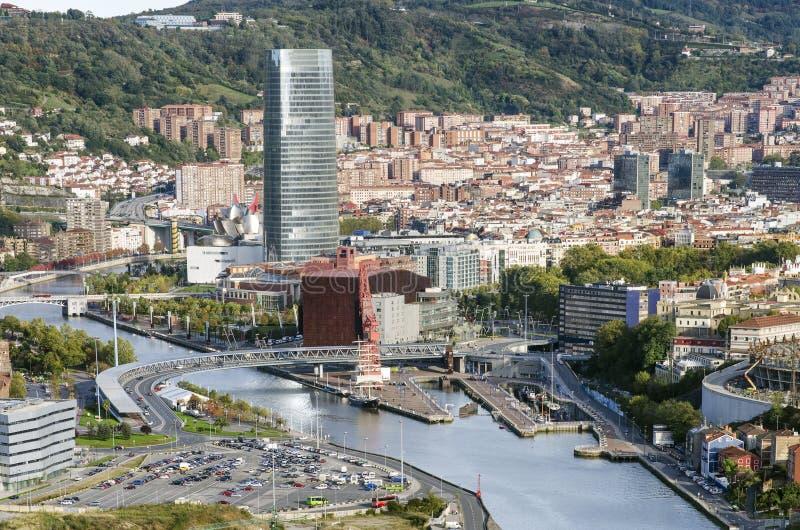 Sikter av den Bilbao staden. royaltyfria bilder
