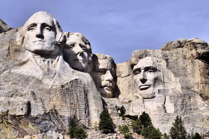 Sikter av Mt Rushmore arkivbilder