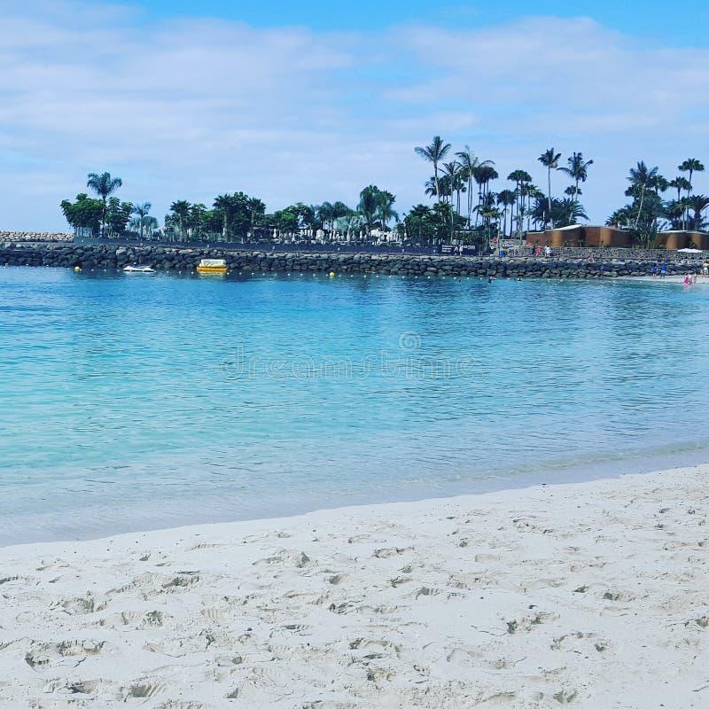 Sikter av stranden och stranden royaltyfri fotografi