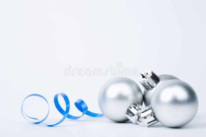 Silberne Kugeln lizenzfreies stockbild